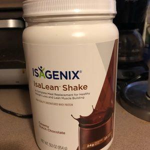 30.1 oz new and sealed chocolate isagenix shake